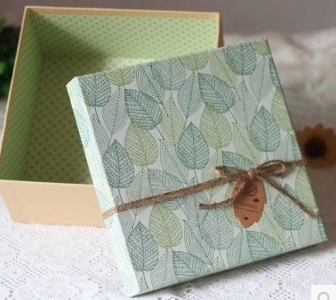 2017 new style fresh square gift box Butterfly rope handmade customized printed paper cardboard box