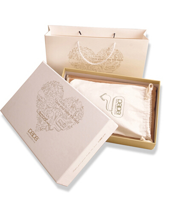 Fancy paper clothes packaging box manufacturer/square gift box/Electronic product packaging in EECA