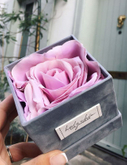 Small luxury square suede flower box velvet flower gift box supplier in EECA