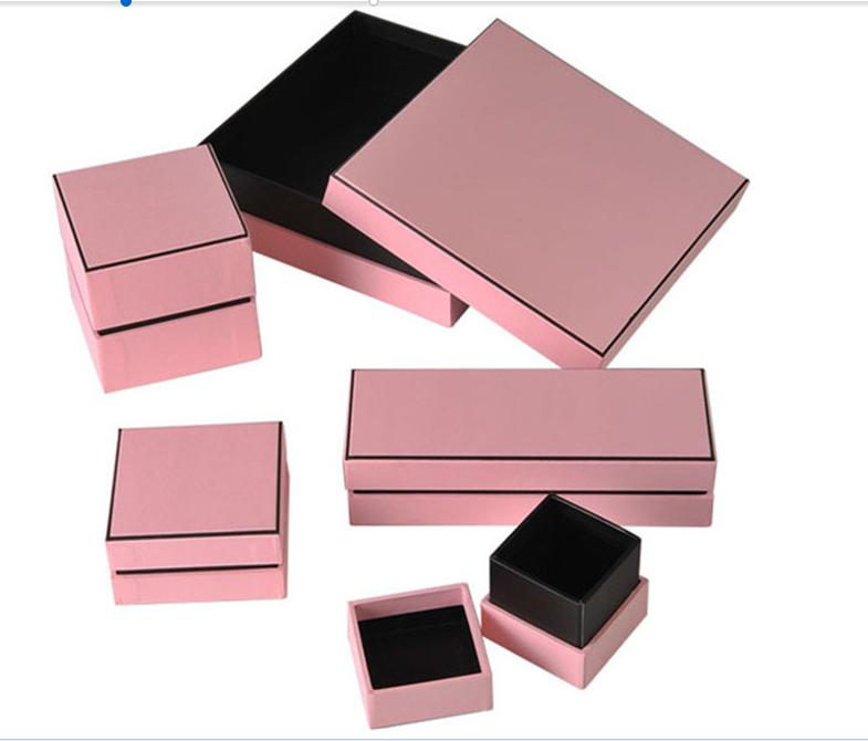 2017 New Design Jewelry Box/Square/rectangular gift box Paper Box/Top and lip Box in EECA china
