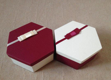 2016 Luxury Customized Packaging Paper Box/Hexagonal gift box