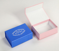 Wholesale cardboard magneticgift paper box/Rectangular gift box in EECA Packaging