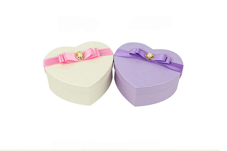 Custom special paper cardboard heart shaped storage box/heart shape box for perfume packaging box in China