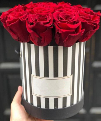 Custom black with white stripe flower gift packaging boxes,stripe rose box,stripe flower paper bags