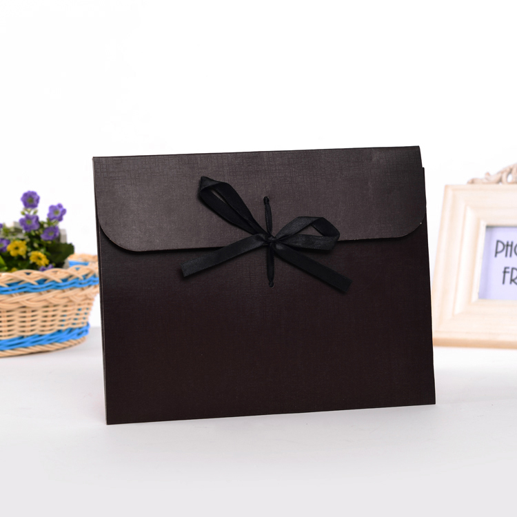 2018 Custom handmade pillow packaging box/paper pillow box/black paper pillow gift box with ribbon for hair made in EECA China
