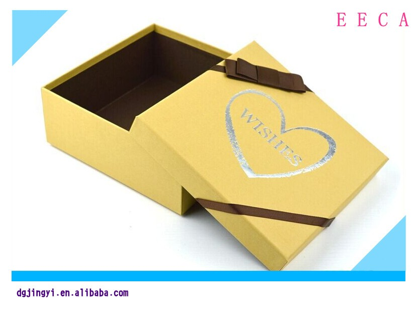 2017 Square red gift box fancy boxes for gifts packaging /yellow garment clothing gift box design