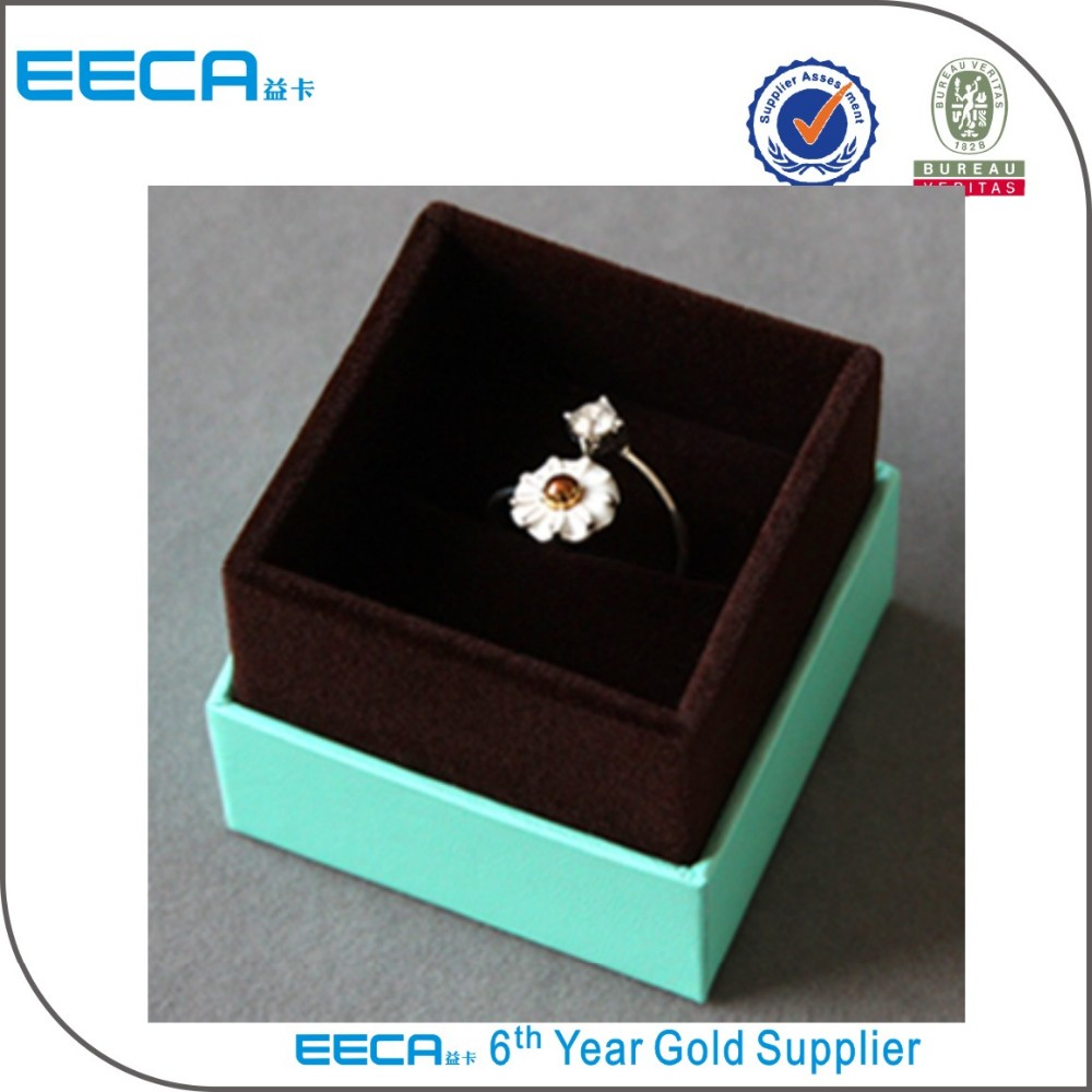 2017 magnetic jewelry box/Luxury Custom Logo Printed Jewelry Display Gift Box for necklace /ring/bracelet in EECA packaging China