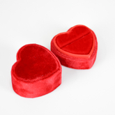 Luxury Heart Shaped Velvet Wedding Ring Display Box